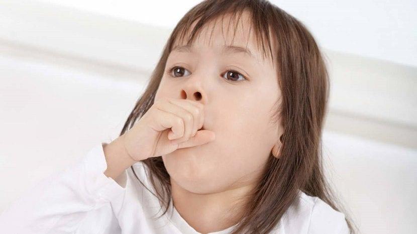 tos en los niños