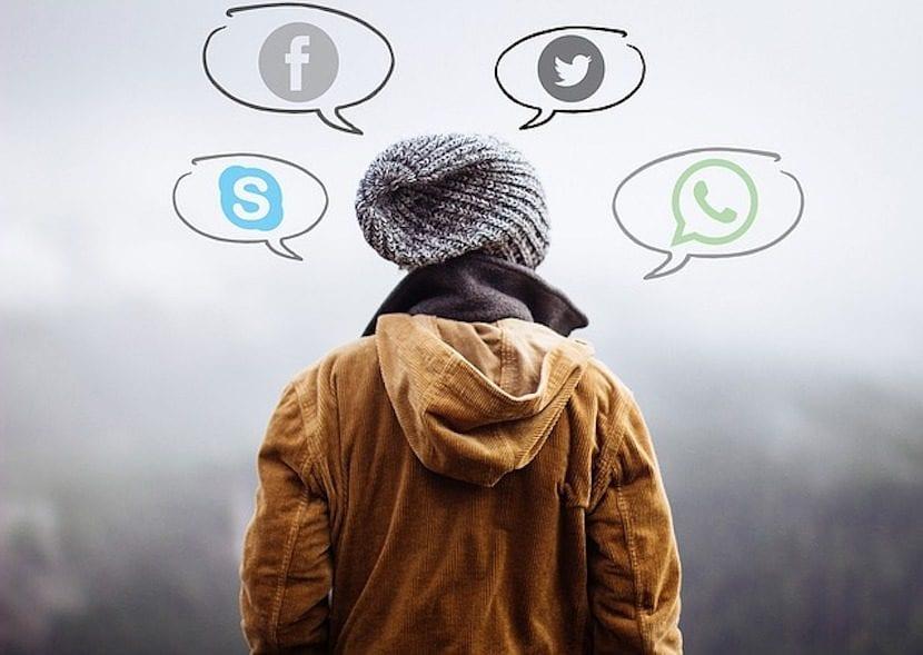 adolescente y redes sociales