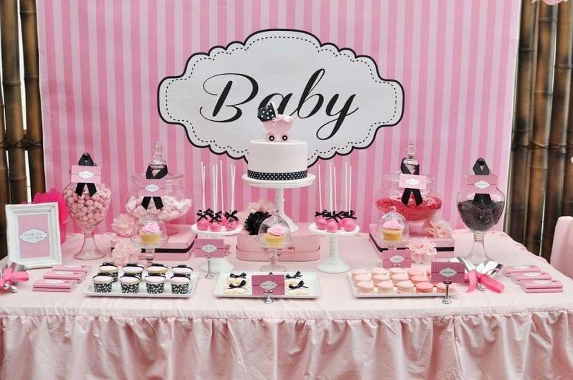 Celebrar una baby shower para nena