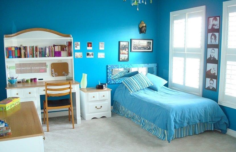 dormitorio adolescente azul