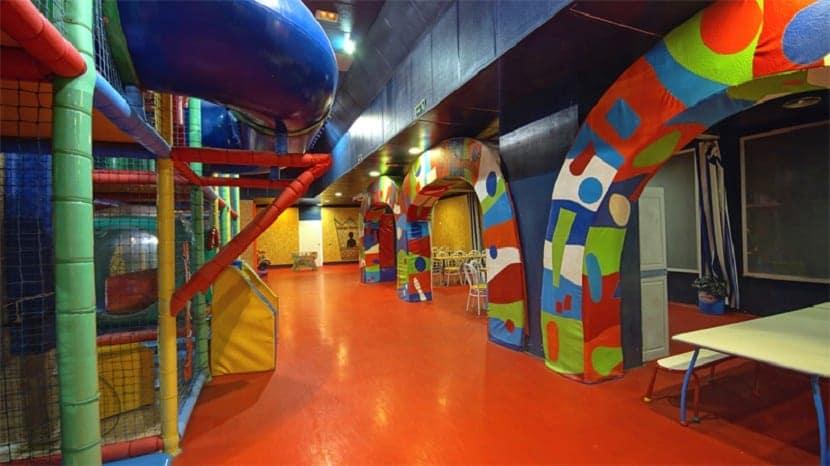 los mejores restaurantes para ir con niños nabu ciudad fantasia parque de juegos
