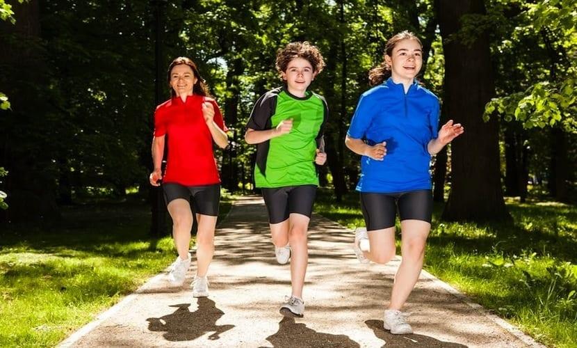 Actividad física en adolescentes de 13 años
