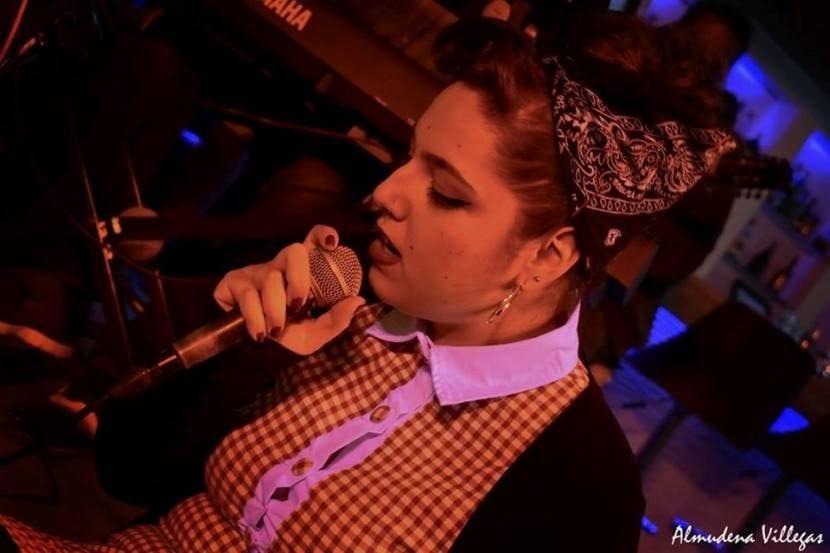 la cantante Alba Fernández