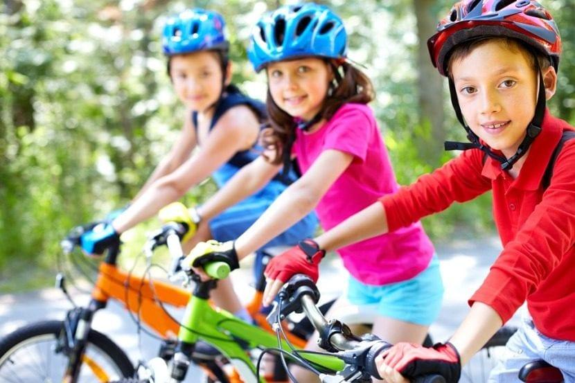 beneficios de montar en bici para tus hijos