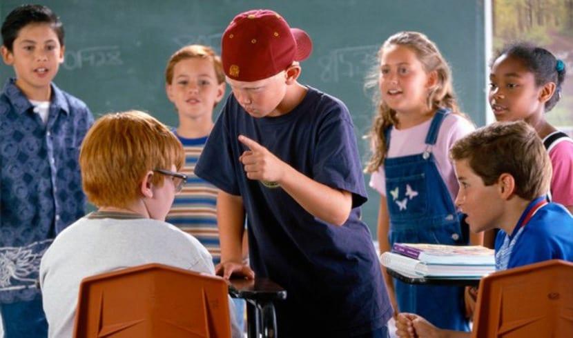 Conflicto de acoso escolar