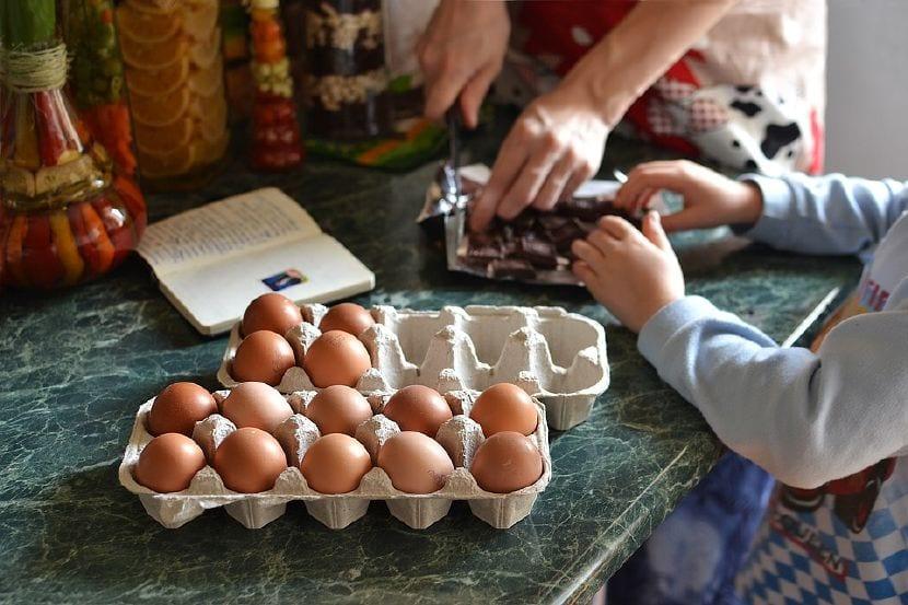 enseñar niños colaborar tareas hogar