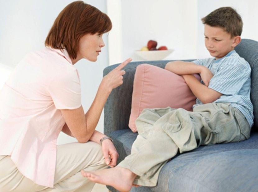 regañar a tu hijo