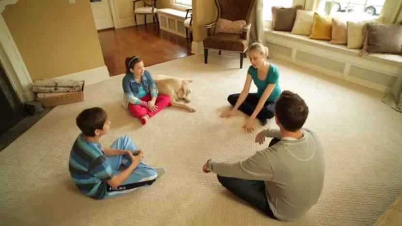 reunión familiar relajado