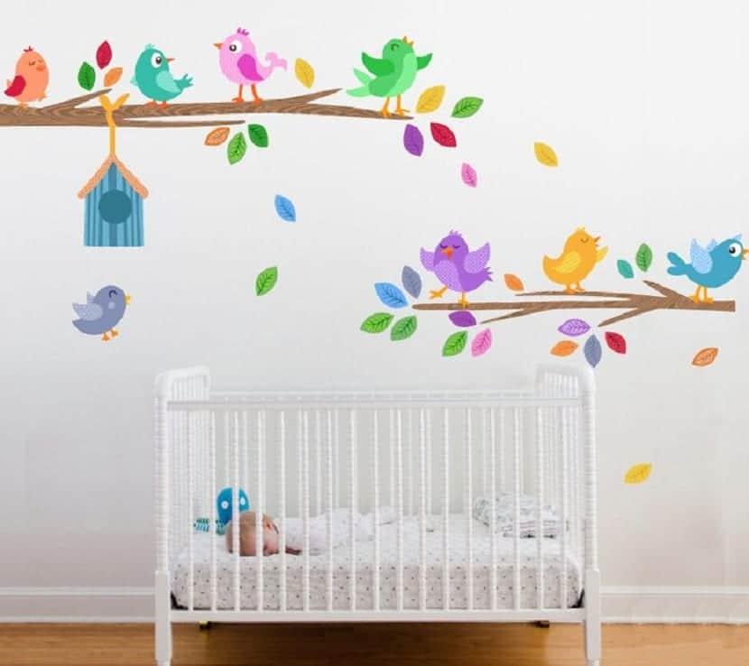 Vinilo decorativo en cuarto infantil