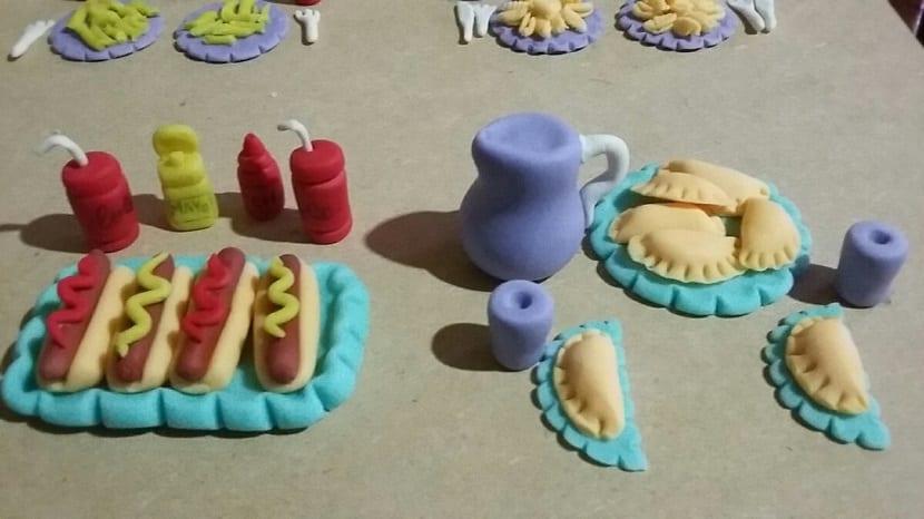 Comida para la casa de muñecas