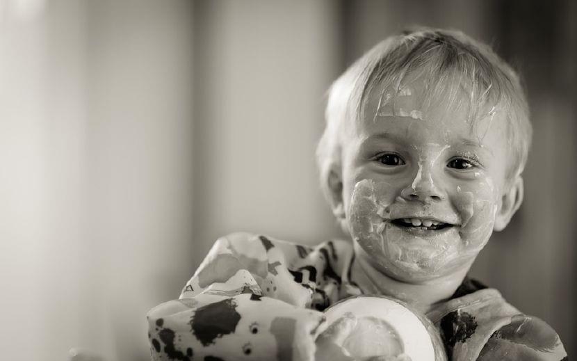 errores al querer enseñar a comer niños