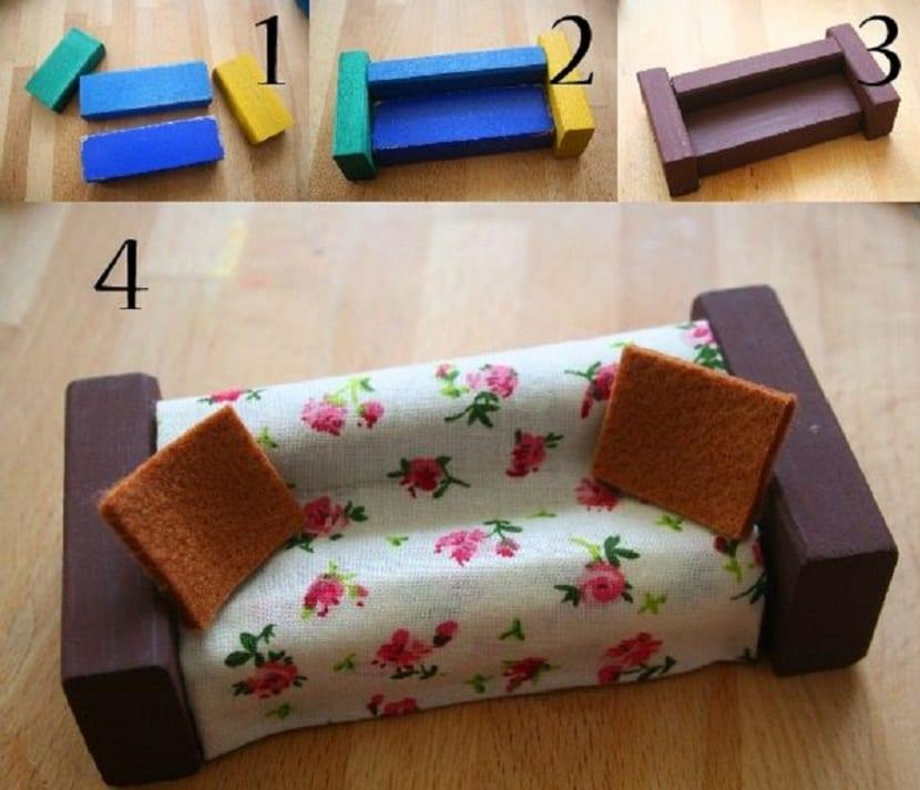Sofá para casa de muñecas