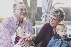 abuelos que ejercen como padres
