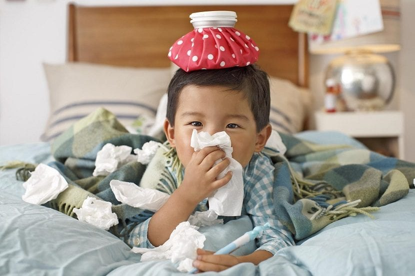 Niño enfermo de gripe