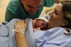 Recién nacido y su madre