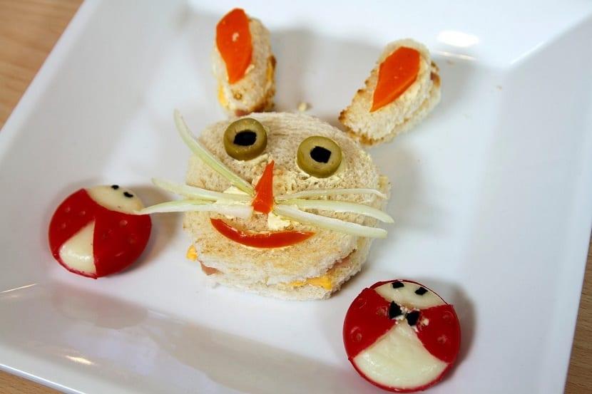 Sandwich con forma de conejo
