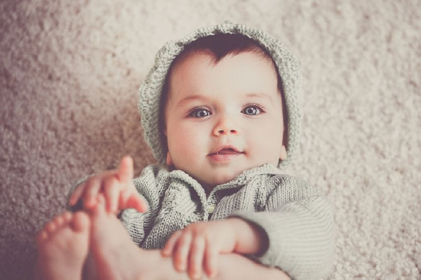 bebe 5 meses