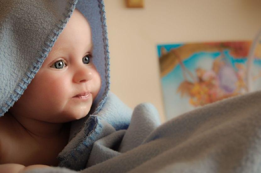 bebe de 4 meses