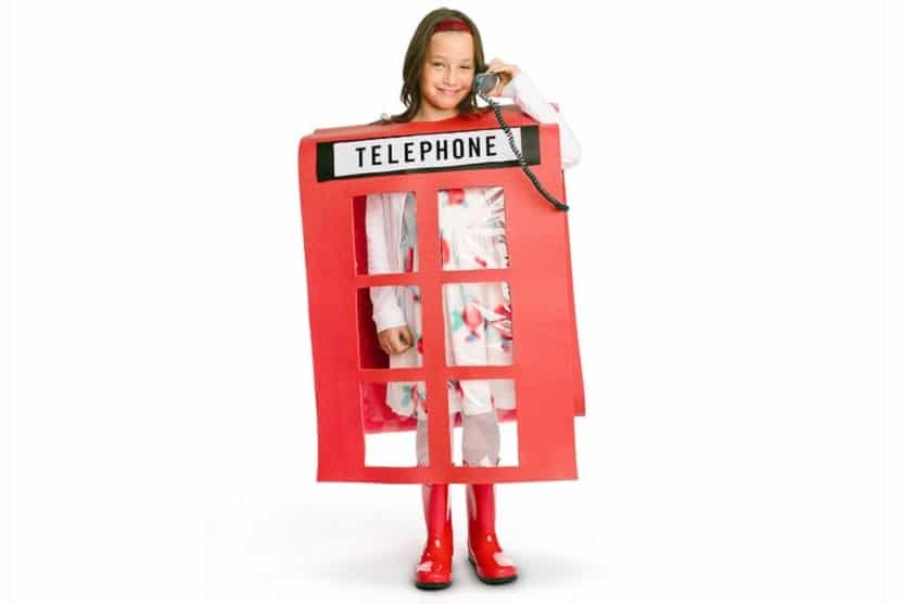 Disfraz de cabina telefónica inglesa