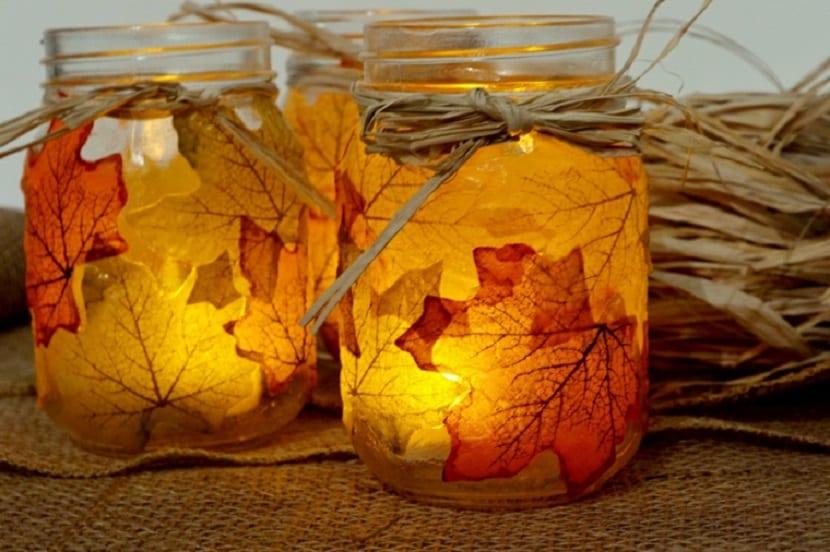Tarro decorado con hojas secas