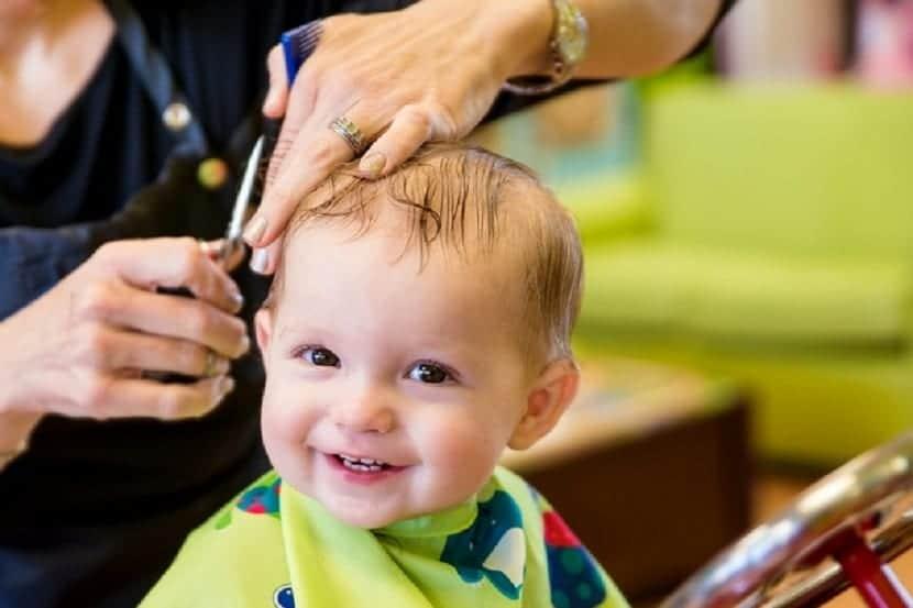 Bebé en la peluquería