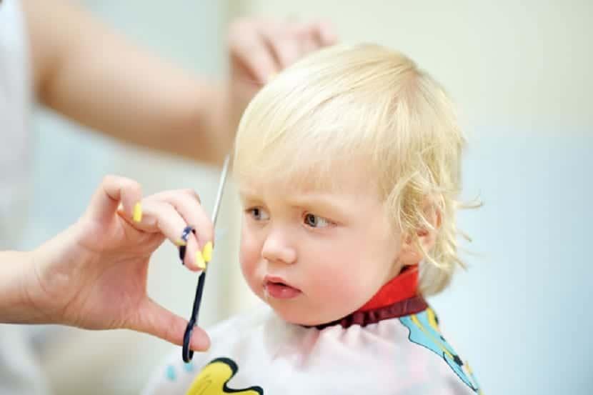 Corte de pelo de bebe