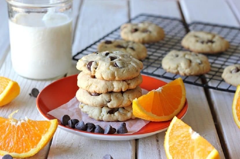 Cookies de naranja con chips de chocolate