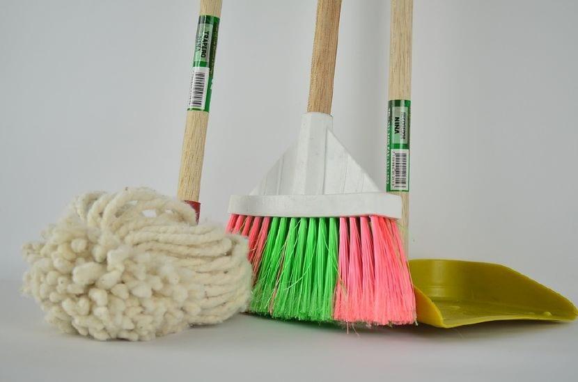 limpieza casa con niños
