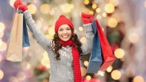 Mujer comprando en rebajas