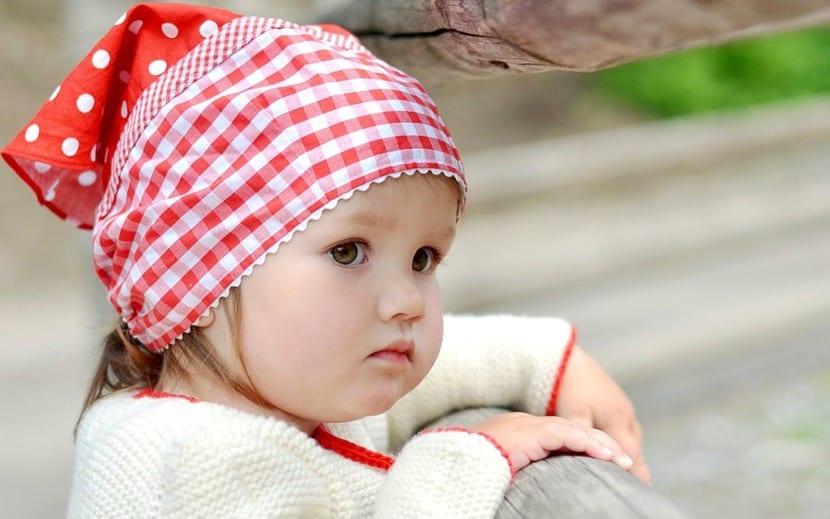nena bonita disfrazada de pastora