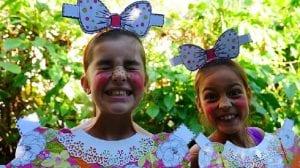 Niñas disfrazadas en Carnaval