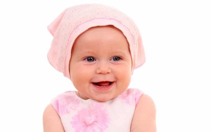 preciosa bebe de seis meses