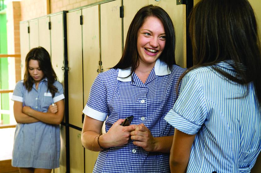 acoso escolar entre chicas