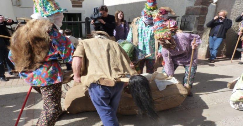 representación del martes de carnaval en Lantz