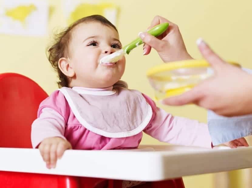 La alimentación complementaria a los 9 meses