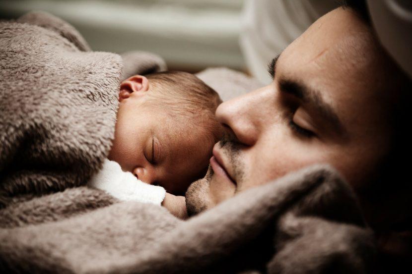 Dormir padres con hijos