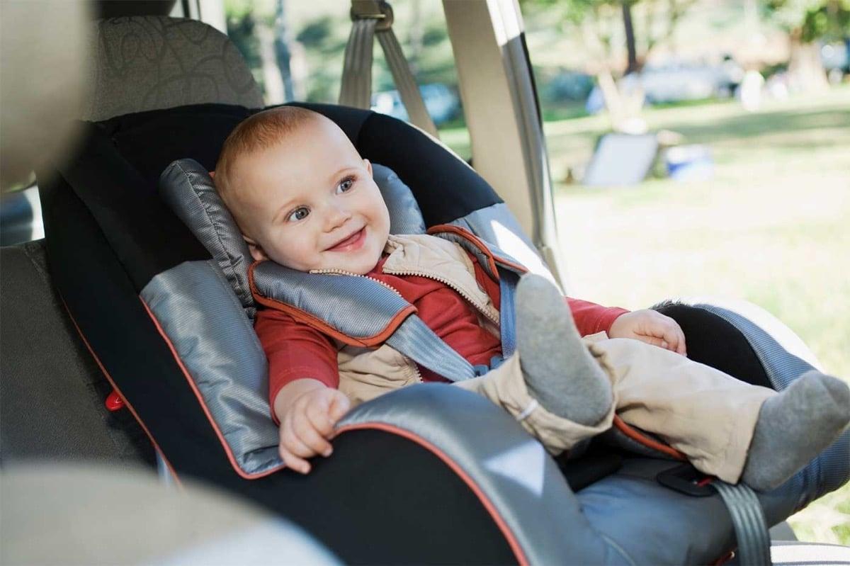 silla de coche sin abrigo