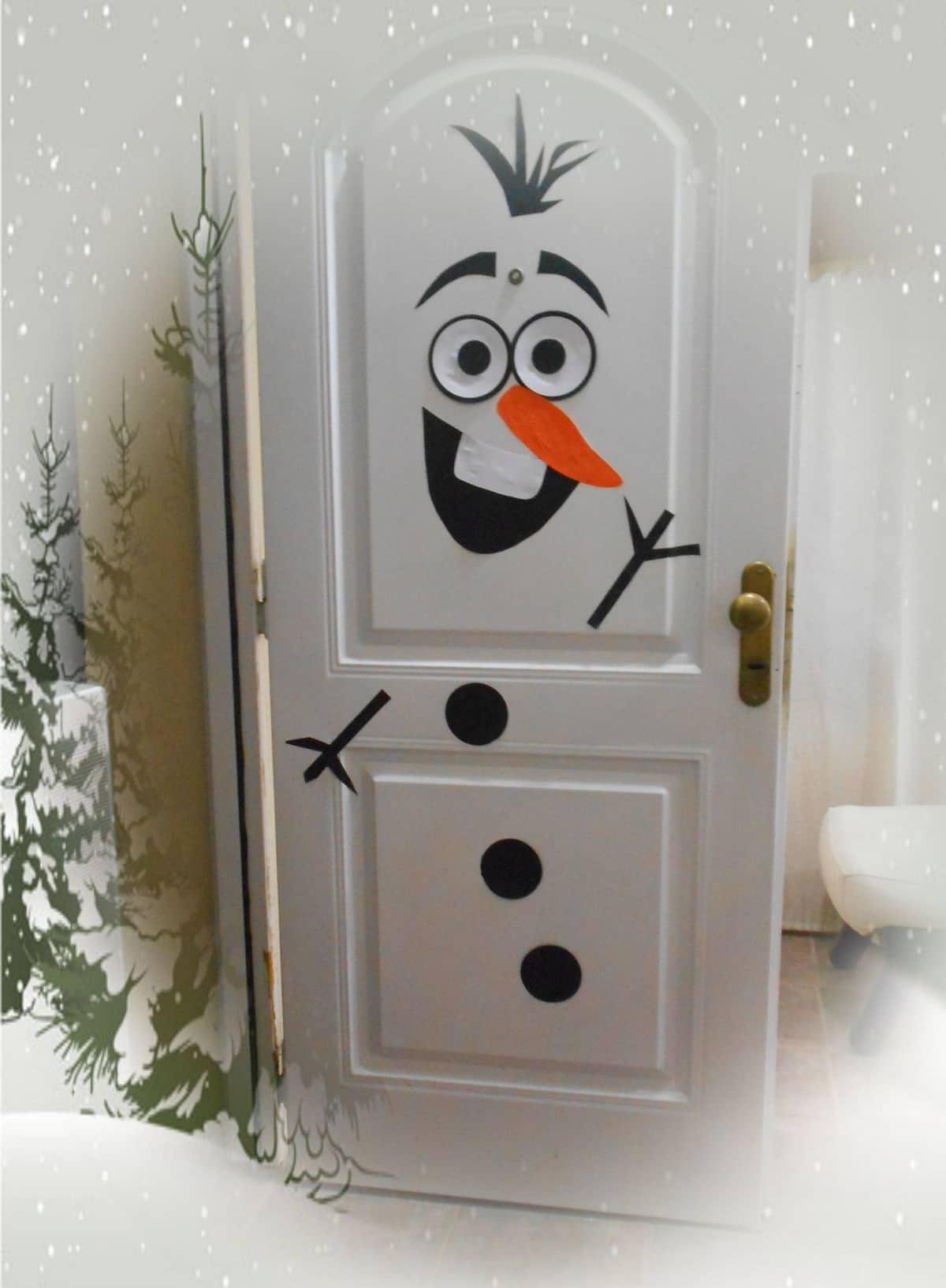 Diseño de Olaf para decorar la puerta