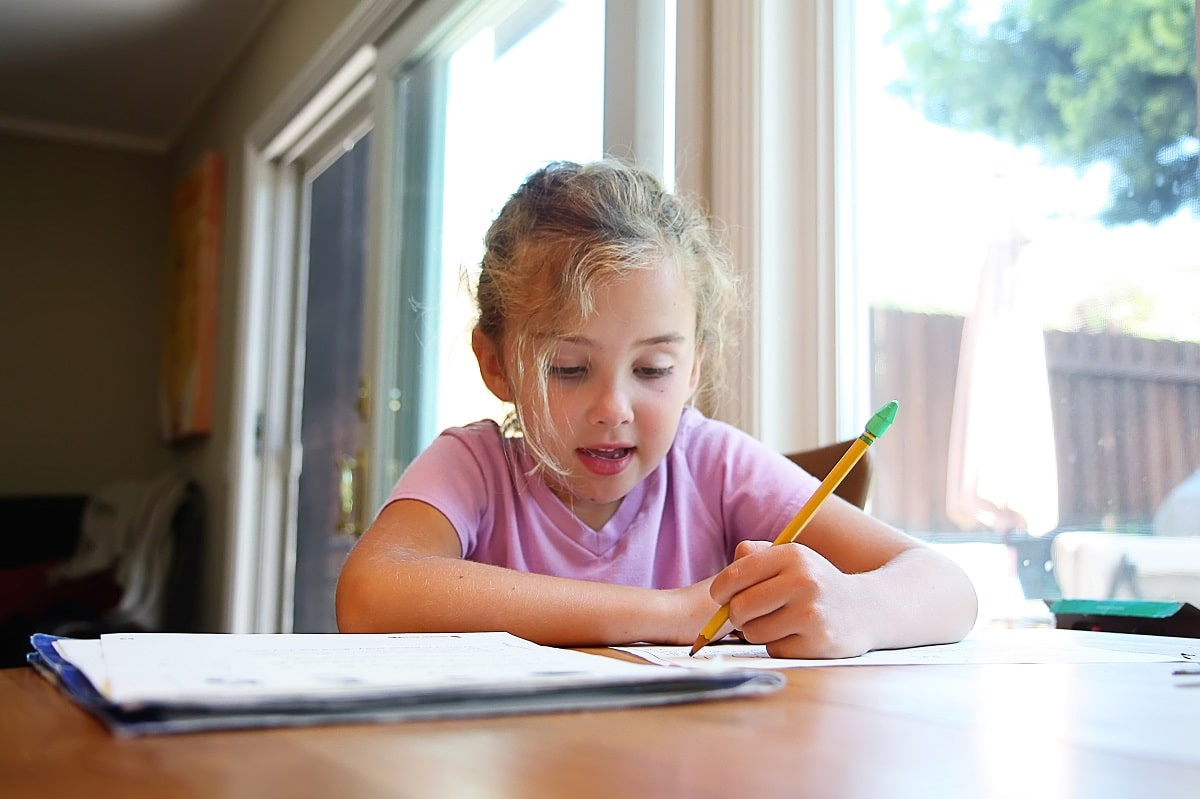 Hacer los deberes