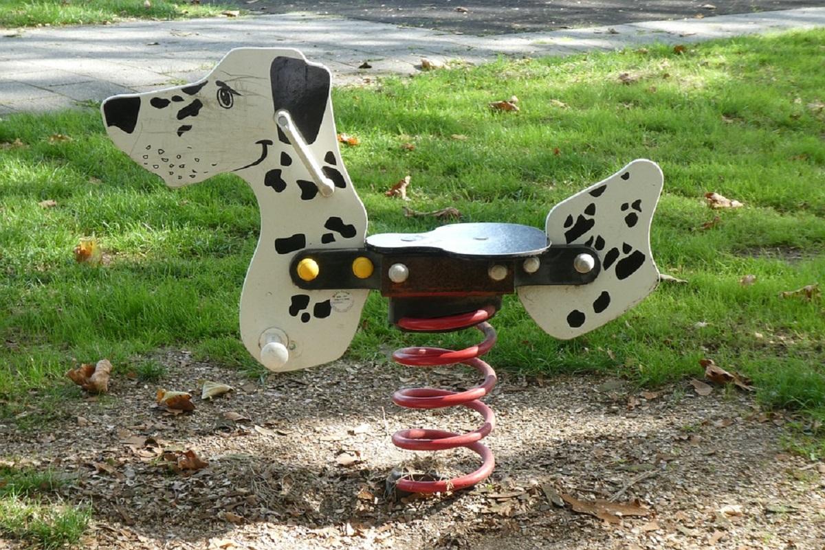 Juegos en el parque infantil