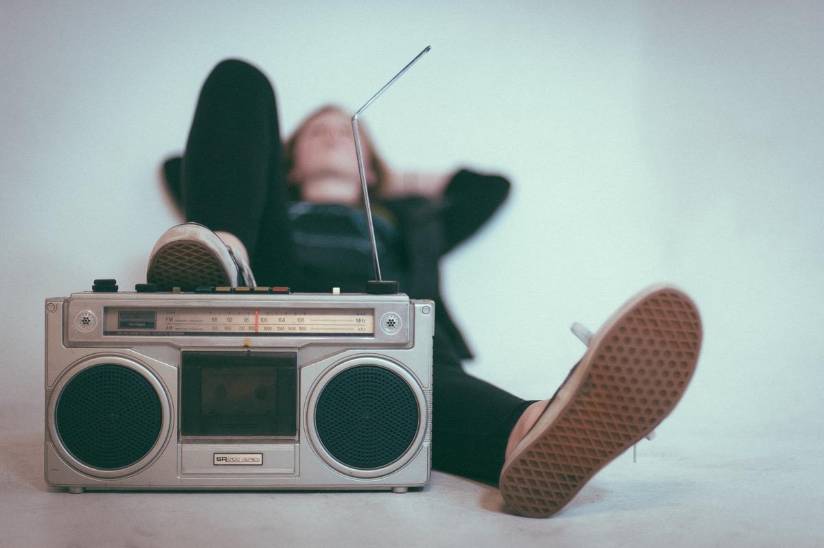 escuchar musica en familia