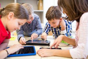 Niños y educación virtual