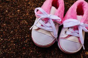 Zapatos para sus primeros pasos