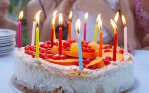 Cómo hacer una tarta de cumpleaños fácil y bonita