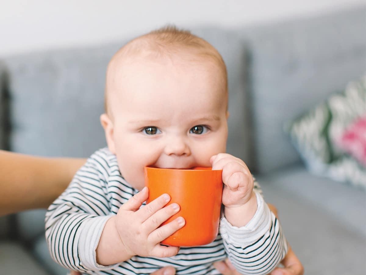 Cuándo beben agua los bebés