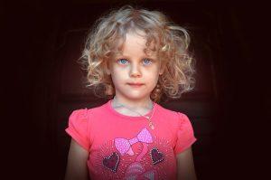 pelo rizado en niños