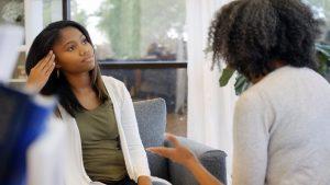 hablar sobre el aborto con adolescentes