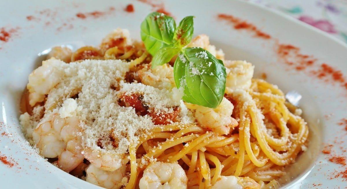 Spaguetis con gambas