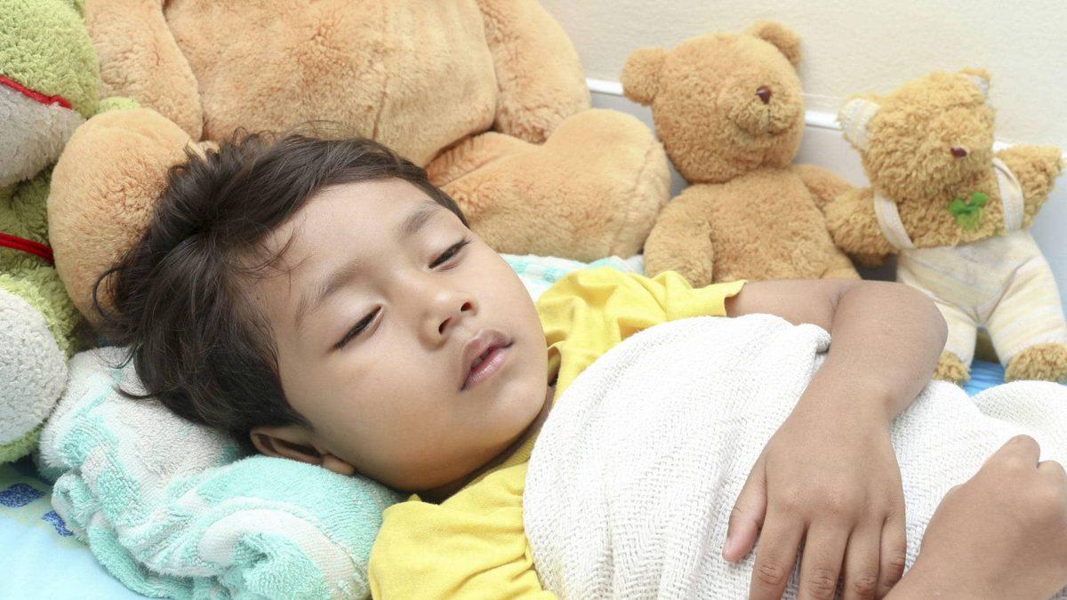 Qué hacer cuando a tu hijo le duele la barriga