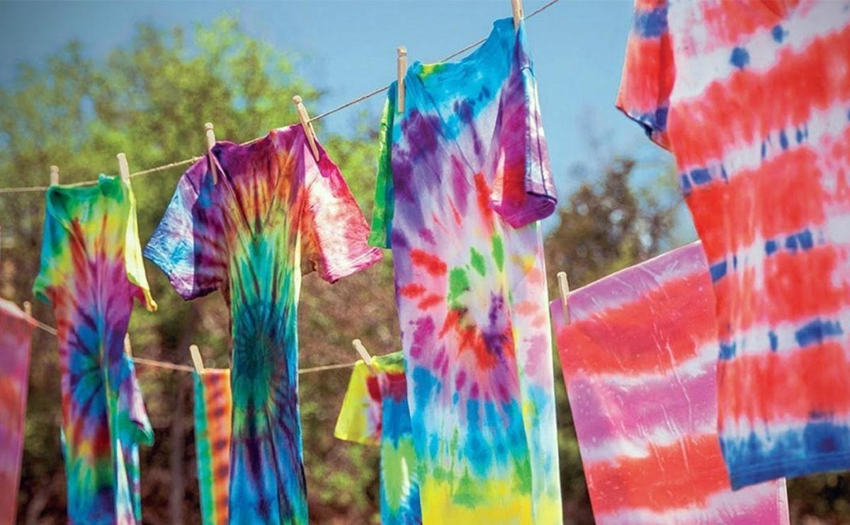 teñir ropa con niños